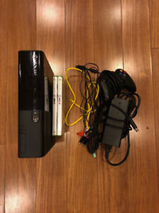 XBOX 360 GREAT CONDITION + GAMES