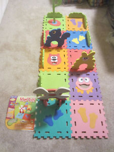 Interlocking Floor Play Mats - Mini Golf Set