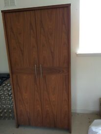 Wardrobe in Walnut veneer finish