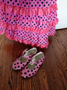 Spanish dancer costume with shoes