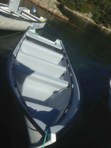 18 foot sea runner boat motor and trailer mint condition