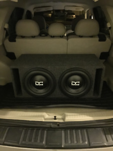 MINT CONDITION FULL CAR STEREO SYSTEM