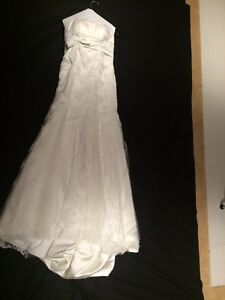 GORGEOUS WEDDING DRESS Cambridge Kitchener Area image 2