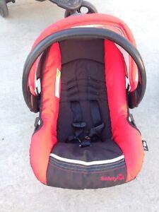 Infant Car Seat and 5 Bases Regina Regina Area image 4