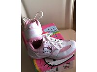 Hello Kitty Golf Shoes