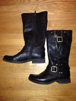 Women's leather boots - only worn once!