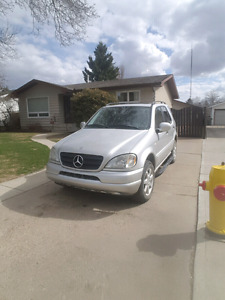 Mercedes ML 430 price negotiable