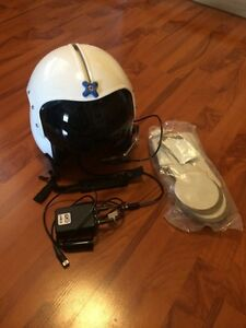 Gentex 34/P flight helmet and mic assembly
