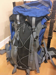 MEC Hiking Camping Large Backpack - w/ travel cover - Blue Bag