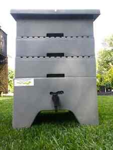 """Vermicomposter """" Worm Chalet """" Worm composting"""