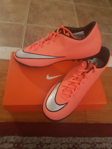 Nike Mercurial Victory V Shoes
