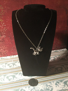Walking Silver Cat Pendant Necklace  -- BRAND NEW!!
