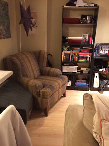 5239 Tobin St 1 bedroom apartment for May 01