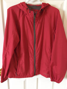 Eddie Bauer Shell jacket,great for rain,fall or Spring Large