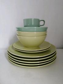 Ikea Dinner Plates, side plates & a mug. All for £3 !