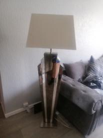 Mirrored lamp
