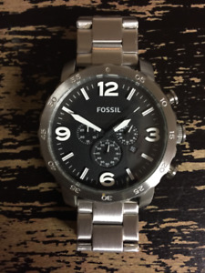 Fossil Black Dial Sporty and Elegant!
