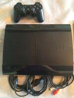 À vendre PlayStation 3 Slim 500GB Négociable
