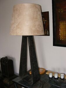 Devonite Transitional Table lamp
