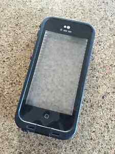 Etui protecteur IPhone 5C Lifeproof case cover