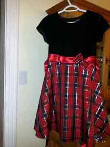 Girl's Christmas dress - youth size 16 West Island Greater Montréal image 1