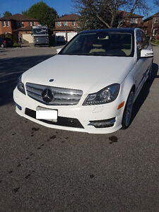 2013 Mercedes-Benz C-Class C350 4MATIC Sedan - low kms!
