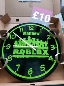personalised clocks
