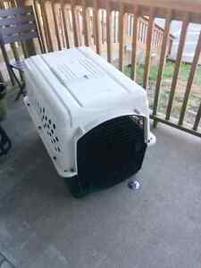 Large Dog Kennel / Crate
