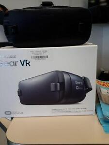 *** NEW *** SAMSUNG SAMSUNG GEAR VR   S/N:FAH90W76XX   #STORE937