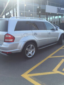 2012 Mercedes GL550 Limited Edition Showroom Condition!