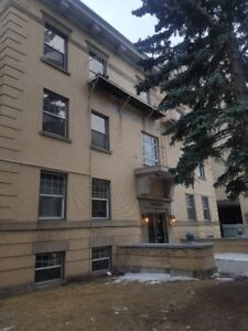 Apartment to Sub-let in a beautiful heritage Bldg