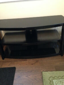 High Gloss Black TV Stand