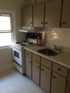 FULLY RENOVATED   1  and  2  BEDROOM —  SEPT 1