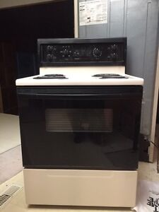 Self-cleaning stove