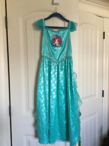 Ariel nightgown girl size 9/10