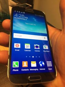 Unlocked, Original Samsung Galaxy S4 16GB,13Mpix;Boite/chargeur