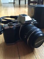 Olympus OM-D E-M10 (With Lens and Accessories)