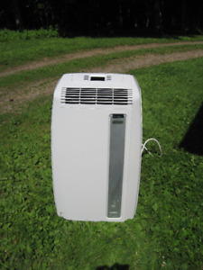 DeLonghi 12000 BTU 3 in 1 portable air conditioner