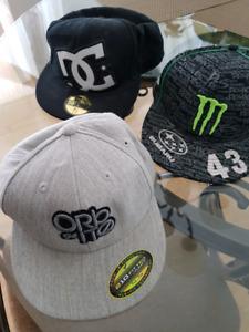 casquettes  5 pour 50$