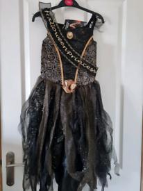 Brand new with tag Girls Halloween costume age 7-8 Halloween princess