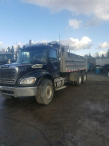 2007 Freightliner dump truck for sale