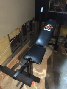 Banc d'exercice inclinable (bench press)