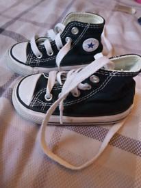 Infant black converse size 4