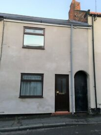 Two bedroomed house in Lazenby