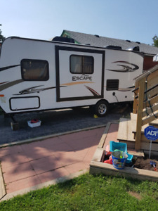 2015 KZ SPREE ESCAPE TRAVEL TRAILER MODEL 196 S