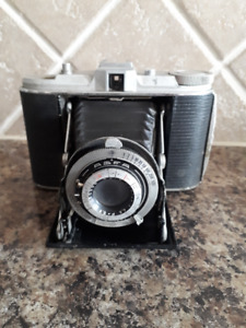 Antique AGFA ISOLETTE Camera