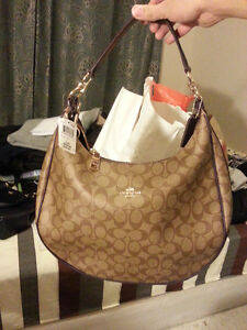 New coach hangbag for women, never be used, the brand still on Kitchener / Waterloo Kitchener Area image 2