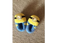 Minion slippers size 8/9