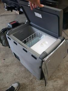 Waeco cfx 65 dz portable fridge