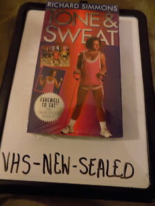 FUNNY GIFT: 3 SEALED RICHARD SIMMONS VHS WORKOUT VIDEOS & 2 USED London Ontario image 3